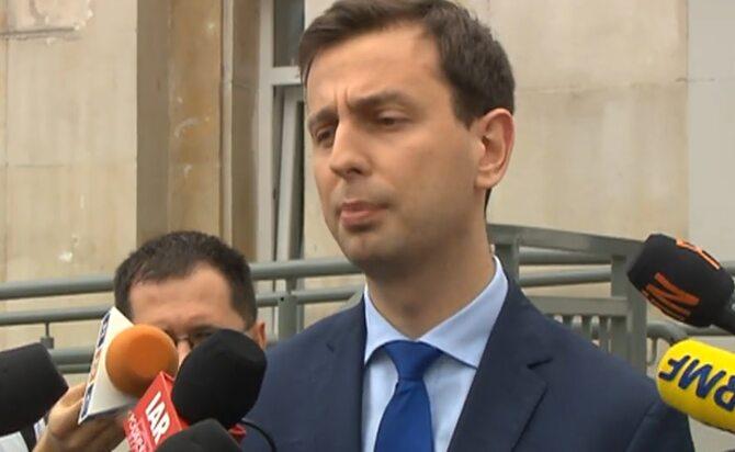 Ministerstwo pracy musi zaoszczędzić 100 milionów zł