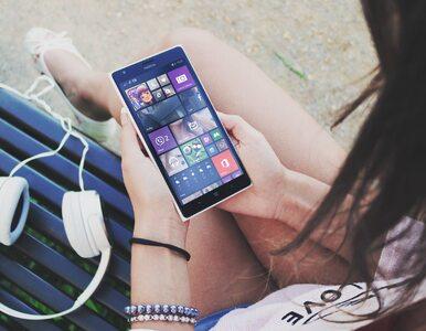 Nastolatki marzą o karierze w social mediach. TikTok, YouTube, Instagram