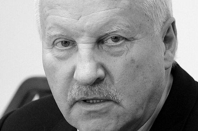 Gen. Sławomir Petelicki (fot. PAP/Grzegorz Jakubowski)