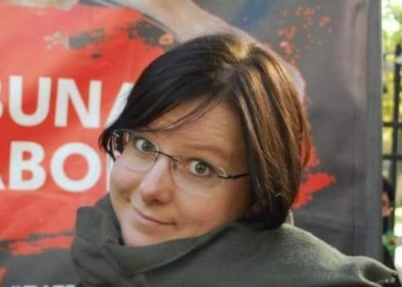 Kaja Godek bez maseczki fetowała wyrok Trybunały Konstytucyjnego. Tłum podrzucał aktywistkę