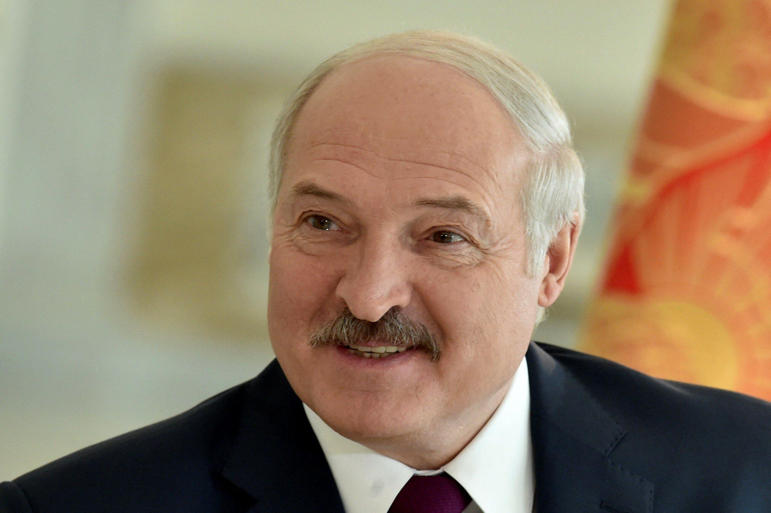 """Aktywizacja białoruskiej opozycji przed wyborami prezydenckimi. W Homlu zabrzmiały """"Mury"""